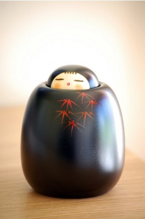 kaguya in a pot